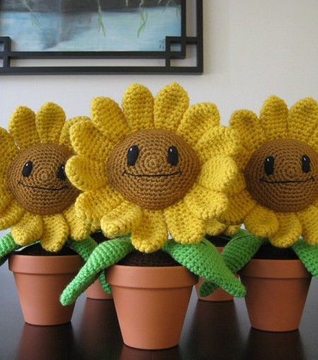 New Video: How to Assemble the Happy Sunflower Amigurumi